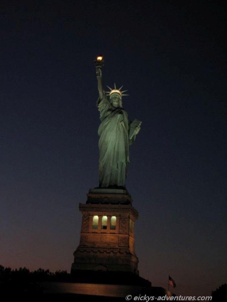 Miss Liberty bei Nacht