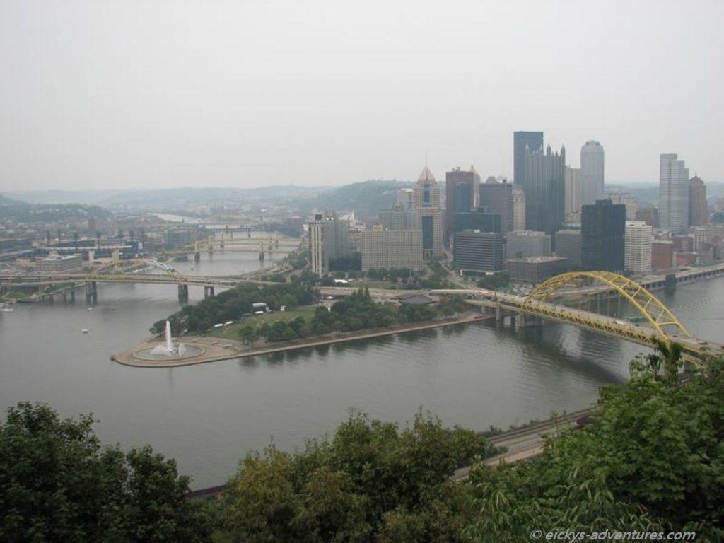 Blick vom Mount Washington auf Pittsburgh