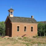 Kirche bzw. Schulhaus in Grafton