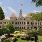 Park vor dem ehemaligen Rathaus in Saigon