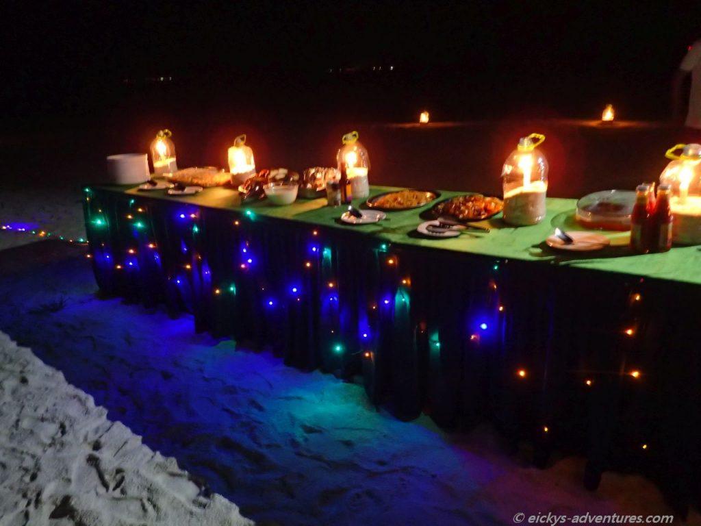 Dinner under the stars: Sandbank Oshagalhi