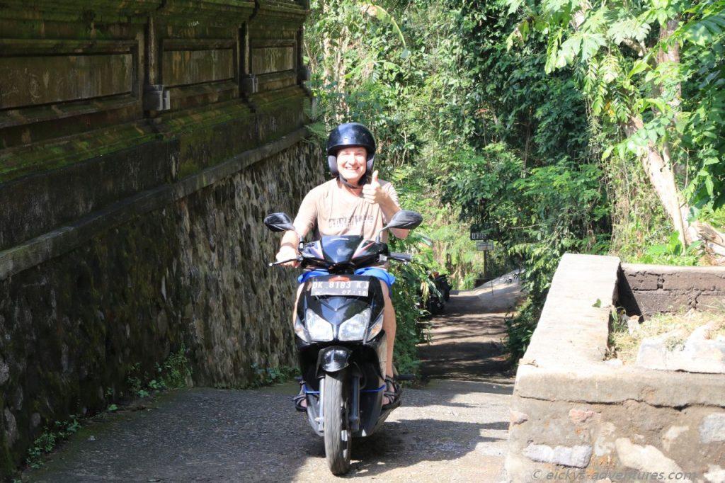mit dem Moped Bali erkunden